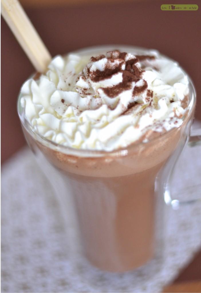 chocolat-chaud-gourmand-2-702x1024