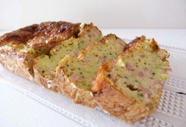Cake à la courgette et aux lardons (2)