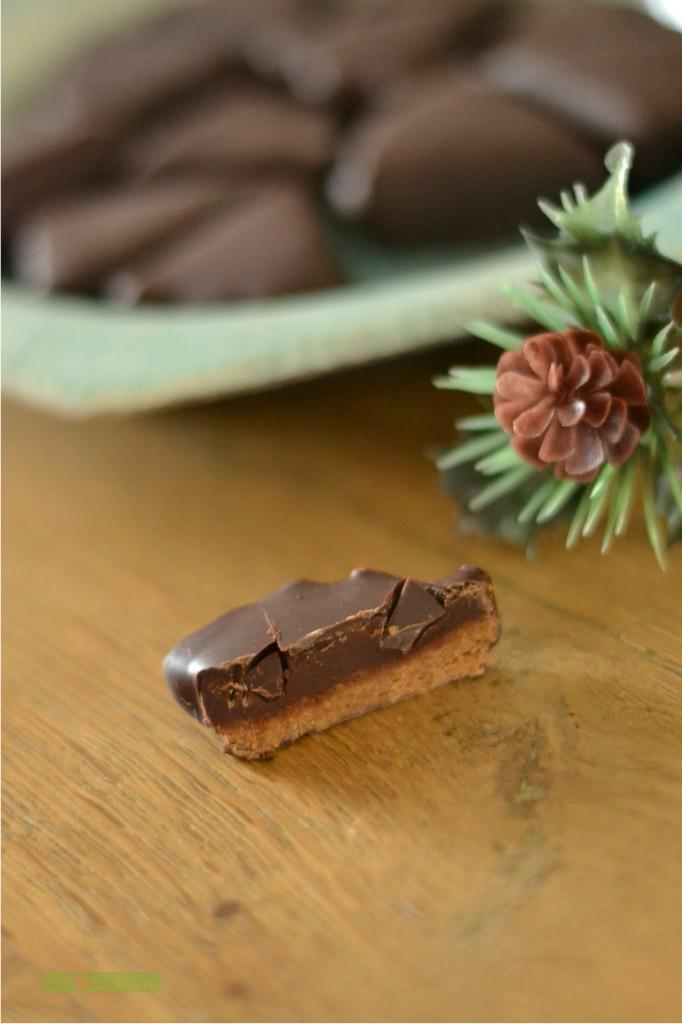 chocolats-croustifondants-au-praline-1-682x1024