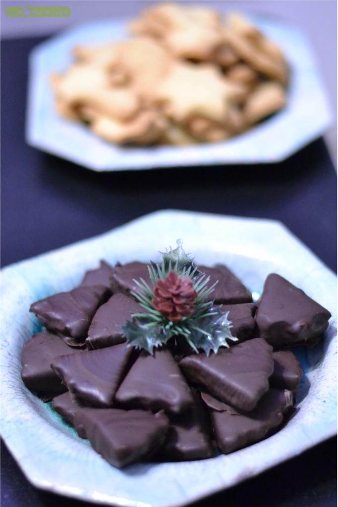 chocolats-pralines-682x1024