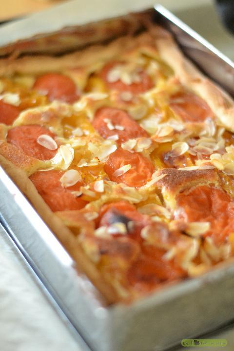 recette tarte abricot prune à la crème d'amandes