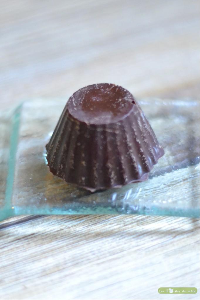 Chocolats-à-lalcool-de-poire-1-682x1024