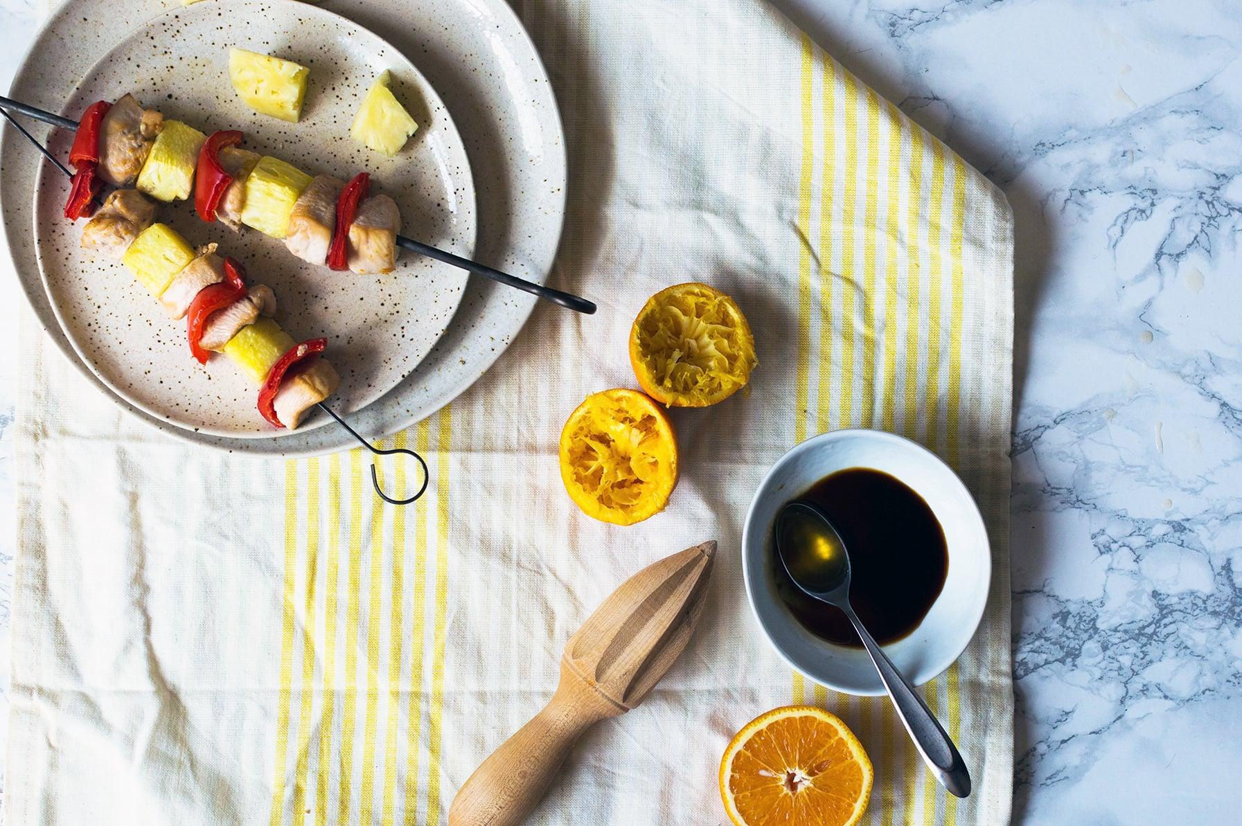 Brochettes-de-poulet-a-l-orange-et-l-ananas